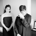 Carolyn, Kristen's mom, sees her daughter in her gown for the first time